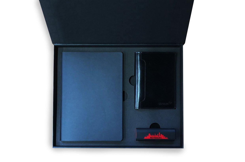 коробка с магнитом